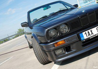 bmw-325i-cabrio-e30-1
