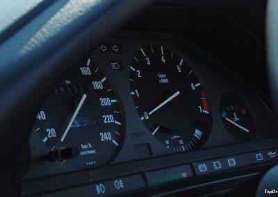 bmw-325i-cabrio-e30-3