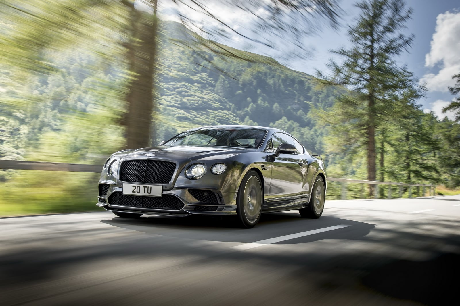 Fotogalerie: Bentley Continental Supersports (2017)