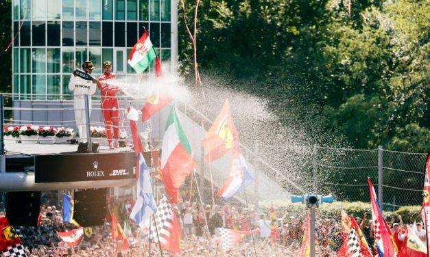 Lewis Hamilton s Mercedesem opanoval Velkou cenu Itálie