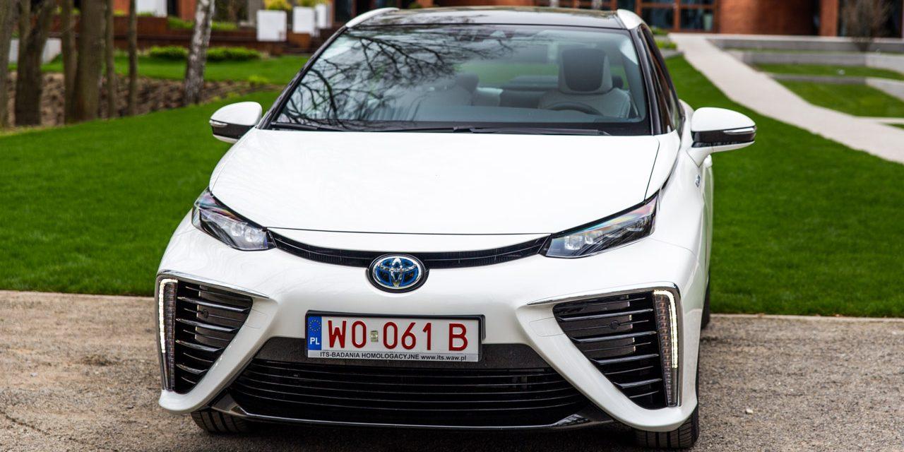 Toyota na Legendách:  Závodní modely, hybridy  i vodíková Mirai