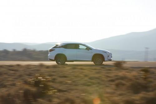 Omotenashi a sedmimístný Lexus RX L. Prostor a dokonalé pohodlí