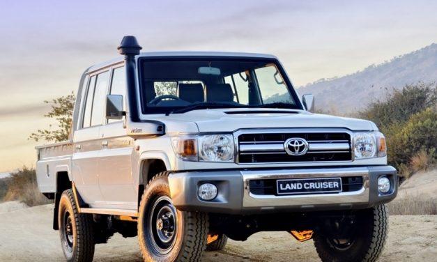 Extravagantní limuzínu Land Cruiser ocení manažer i farmář