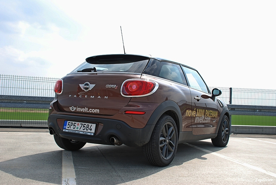 fotogalerie mini cooper s all4 paceman test. Black Bedroom Furniture Sets. Home Design Ideas